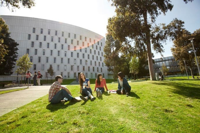 Deakin University – Melbourne